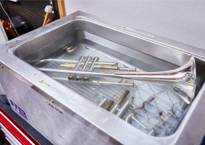 金管楽器の超音波洗浄