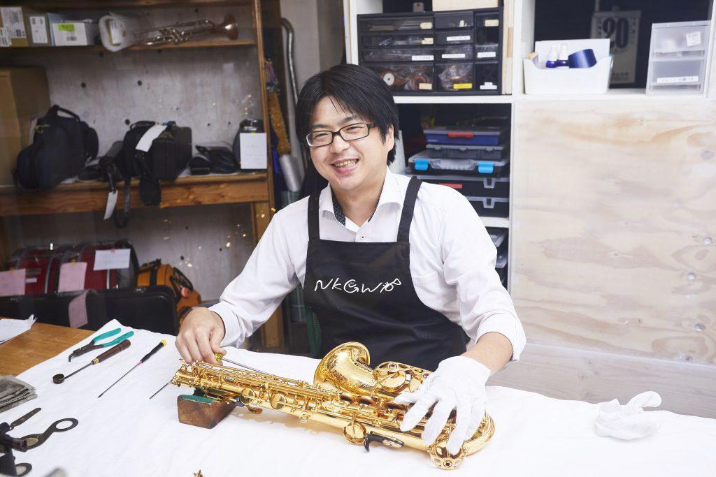 早川 伸治